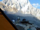 вид с ночевок 5400 на вершину Шивлинг, Гарвальские Гималаи