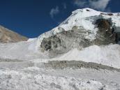 вид на перевал Калинди (6010 м), трек Ганготри - Бадринадх