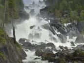 Мощнейший водопад Учар на реке Чульча