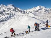 Восхождение на шеститысячник в Гималаях (пик Дхампус, 6012 м). Треккинг в Непале, тур в Непал, Непал отдых, путешествие в Гималаи