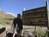 Фото из тура в Аргентину в 2006 году. У входа в Национальный парк Аконкагуа