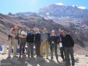 Фото из тура в Аргентину в 2006 году. Последнее групповое фото на фоне вершины, Аконкагуа, Плаза де Мулас