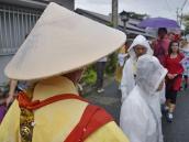 Буддийские монахи и паломники в Йосино