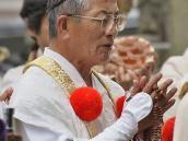 Служба эзотерической секты Шугендо. Буддийские монахи.