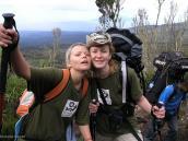 """Фото из тура в Танзанию в 2005 году. На тропе Мачаме туристки """"Компании Неизведанный Мир"""" ."""