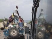 Фото из тура в Танзанию в 2011 году. От Аруши до Национального парка Маньяра около 2 часов езды по хорошнй дороге.