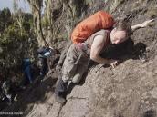 Фото из тура в Танзанию в 2011 году. Элементы легкого лазания на тропе к Барранко.