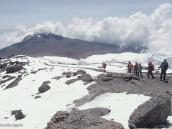 Фото из тура в Танзанию в 2011 году. Начало спуска с Килиманджаро по классике в сторону Мавензи.