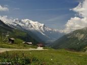 Фото из тура в Швейцарию в 2010 Сказочный вид на высочайшую гору Западной Европы - массив Монблан (4810 м), Франция.