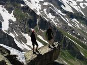 Фото из тура в Швейцарию в 2010 году. А вам этот камень не напоминает Packman'а? :) Швейцария.