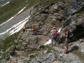 Фото из тура в Швейцарию в 2010 году. В некоторых местах для надежности натянуты веревки, Швейцария.