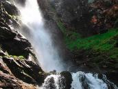 Фото из тура в Швейцарию в 2010 году. Водопад недалеко от Сан-Люка, Швейцария.
