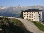 Фото из тура в Швейцарию в 2010 году. Исторический отель Вайсхорн, Швейцария.