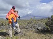 Оригинальный способ восхождения на Килиманджаро