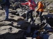 Легкий оживляж: преодоление скалистых балок и оврагов на плато Шира.