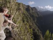 Второй день восхождения на Килиманджаро открывает вид на ущелье Барранко гималайских масштабов.
