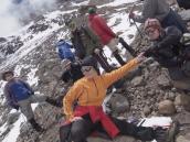 Есть отметка 5000 м! Выход на акклиматизацию над лагерем Arrow-glacier (Стреловидный ледник)..