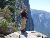 На тропе в Йосемитском Национальном парке. Автор фото Ксения Каминская