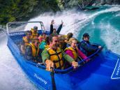 тур в Новую Зеландию, катание на скоростном катере по каньону реки