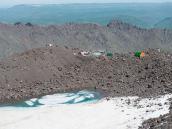 Базовый лагерь. Фото из тура Восхождение на Эльбрус с Севера. Автор Алексей Чуркин (с)