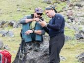 Прокладываем координаты. Фото из тура Восхождение на Эльбрус с Севера. Автор Алексей Чуркин (с)
