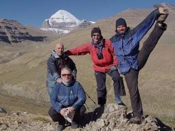 Йога-семинар во время коры вокруг горы Кайлас