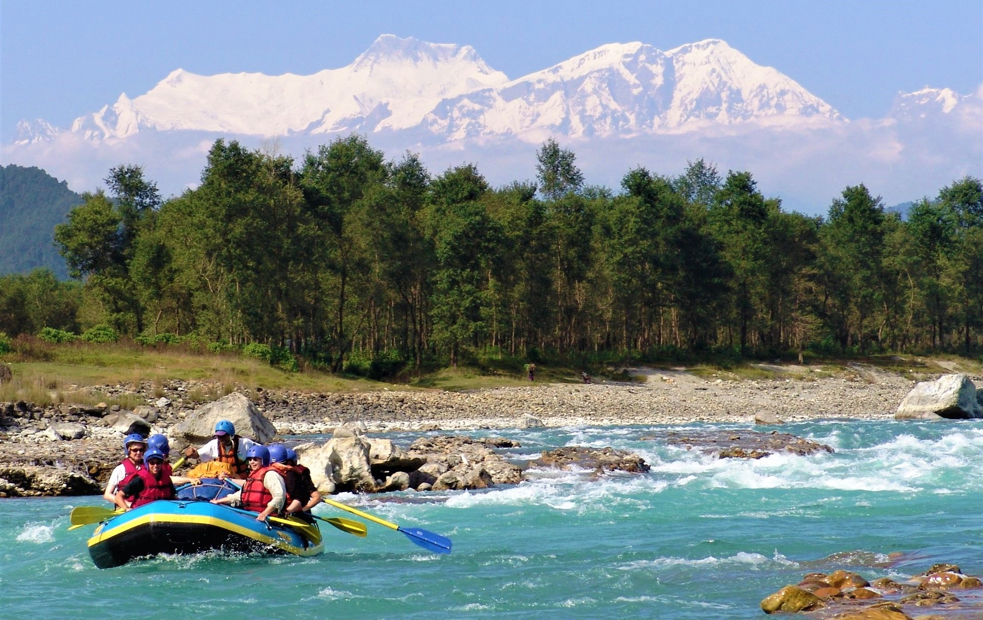 nepal-seti-river-with-annapurnas