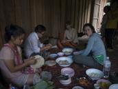 Вливаемся в местную культуру. Треккинг Северном Таиланде, провинция Чиангмай. Фото из тура в Бирму (Мьянму) и Таиланд автор Иван Прилежаев (с)