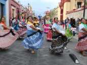 Тур в Мексику, Фестиваль