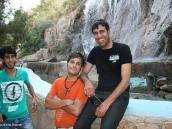 Фото из тура в Иран в 2011 году. Все иранцы, что мы встречали на улицах и в парках, были крайне приветливы и всем хотелось сфотографироваться вместе с нами.