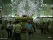 Фото из тура в Иран в 2011 году. Мечеть в Ширазе, внутри покрытая зеркальной мозаикой. Невероятный эффект волшебства.