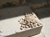 Фото из тура в Иран в 2011 году. Камушки для молитвы. У шиитов очень важно не касаться земли головой во время молитвы, вот ини и подкладывают эти камни. Сами камни привозят из особого места в Ираке, где умер один из главных Имамов.