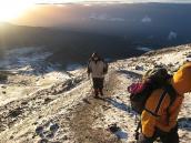 Фото из тура в Танзанию в 2008 году. На 5500 метров ходить не просто даже по горизонтали.