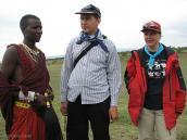 Фото из тура в Танзанию в 2008 году. Встреча с масайским охотником (крайний слева!).