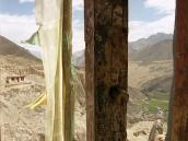 Фото из тура в Индию в 2005 году. Вид из окна главного храма монастыря Ламаюру.