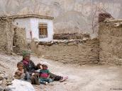 """Фото из тура в Индию в 2005 году. До Х в. монастырь Ламаюру принадлежал религии бон и назывался Юндрунг, что означает """"свастика""""."""