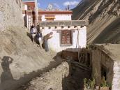 """Фото из тура в Индию в 2005 году. """"Джулей!"""" - ладакхское приветствие."""