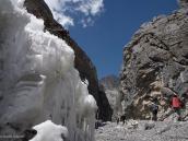 Фото из тура в Непал в 2011 году. Каньон, из которого вытекает Коне-Кола, впадающая в Торунг-Колу