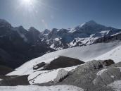 Фото из тура в Непал в 2011 году. Тропа к перевалу Торунг-ла (5416 м) выше Верхнего Лагеря.
