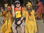 Фото из тура в Непал в 2012 году. на завалинке с садху. Площадь Дурбар, Катманду.