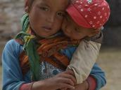 Фото из тура в Непал в 2012 году.  За исключением гара, остальные жители Ло-Мантанга тесно связаны между собой, как и подобает обитателям города - крепости.