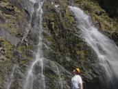 Фото из тура в Новую Зеландию в 2010 году. Мега-водопады встречаются на каждом углу, Новая Зеландия.