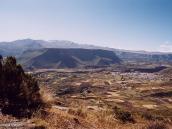 Фото из тура в Перу в 2004 году. Грандиозный каньон реки Колка.