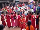 Фото из тура Непал-Тибет в 2004 году. Женский праздник в Катманду.