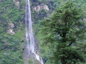 Фото из тура Непал-Тибет в 2004 году. Водопад по дороге из Катманду в Лхасу