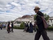 Фото из тура на Тибет в 2008 году. Лхаса, кора вокруг Поталы