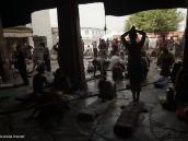 Фото из тура на Тибет в 2008 году. Тибет, Лхаса, храм Джокханг,  утренняя молитва