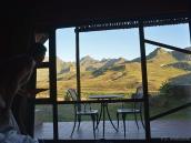 Фото из тура в ЮАР в 2013 году. В каждом бунгало панорамное окно, кухня и дровяной очаг.