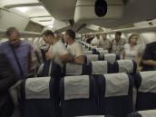 Самолет из Симферополя приземлился. Пассажиры приглашаются к выходу. СПб за 24 часа.