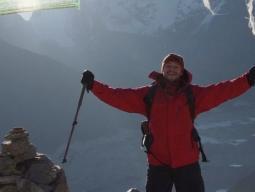 Треккинг к Эвересту, восхождение на Гокио-ри